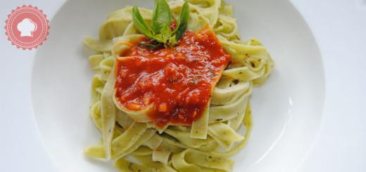 sauce-tomate-basilic-une