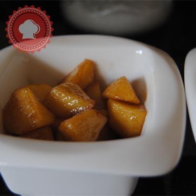crumble aux pommes caramel beurre sal de cyril lignac. Black Bedroom Furniture Sets. Home Design Ideas