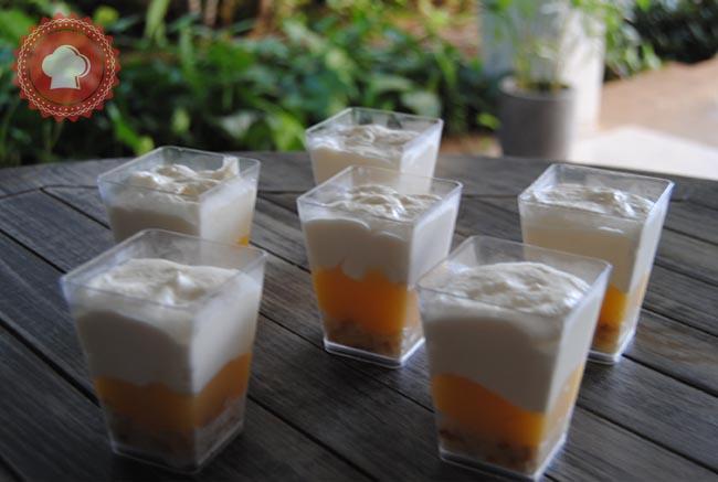 Une recette d'excellentes verrines crème citron et mascarpone, légères, acidulées et bien fraîches, elles seront parfaites après un repas copieux.