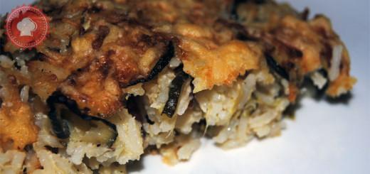 Avec ce gratin de courgettes, poivrons, lardons et riz, cuisinez un plat facile et complet qui vous réchauffera l'hiver !