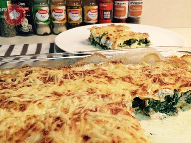 Une bonne recette de lasagnes fraîches au saumon et épinards frais, facile et rapide à préparer et surtout délicieuses