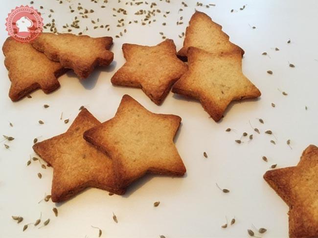 Une recette simple de délicieux biscuits sablés au beurre et à l'anis à déguster à l'heure du thé ou avec un bon café