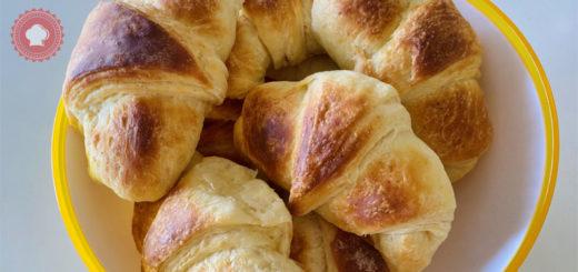 croissants au beurre et au chocolat